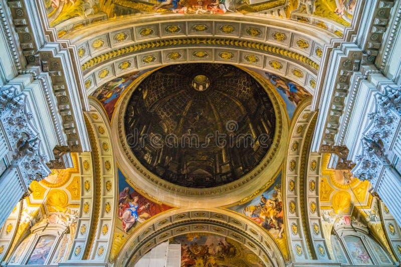 罗耀拉圣伊格纳罗教会的天花板在罗马,意大利 免版税库存图片