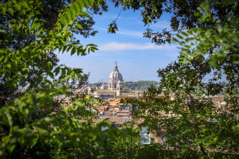 罗马全景从Pincio大阳台的 库存图片