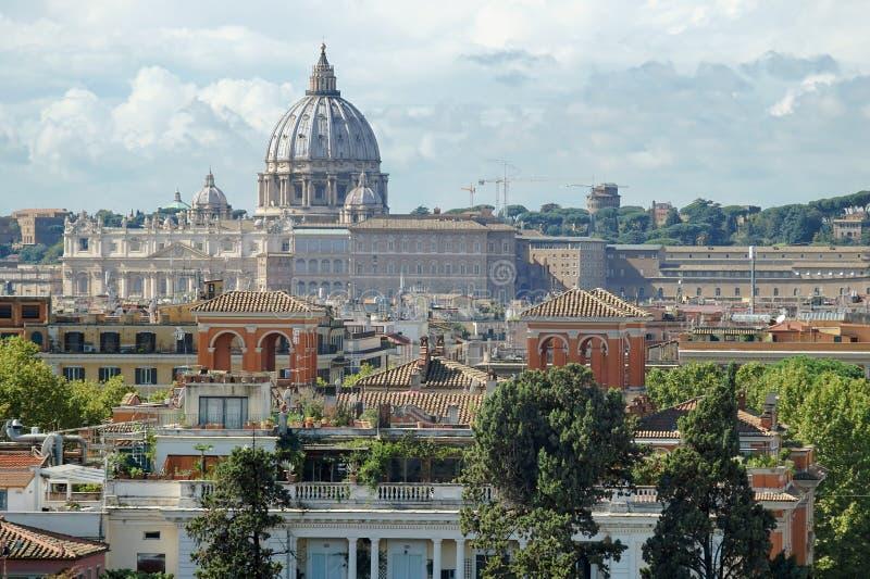 罗马和梵蒂冈看法从Pinchio小山  图库摄影