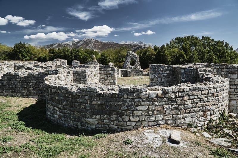 罗马城市的石头废墟 免版税图库摄影