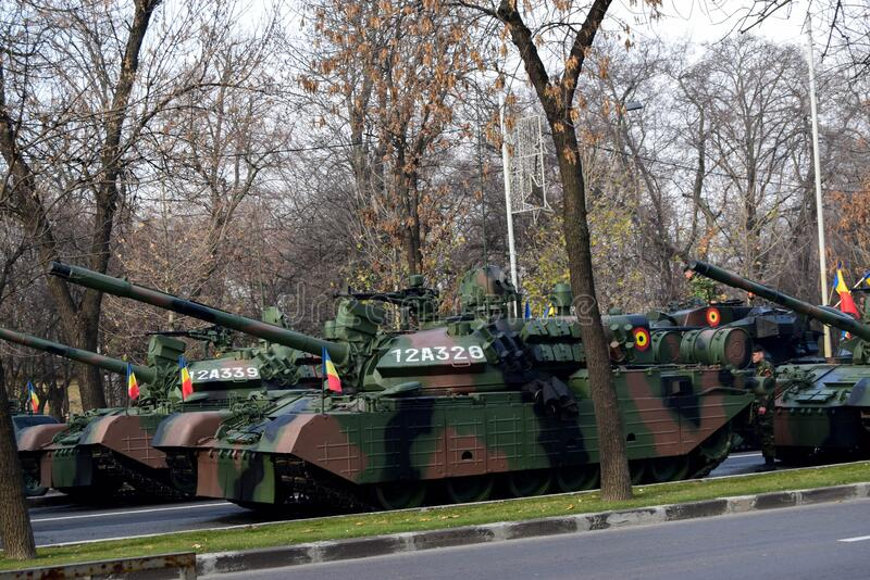 罗马尼亚布加勒斯特 — 2019年12月1日:2019年12月1日罗马尼亚国庆庆典在布查雷斯举行的阅兵式 库存图片