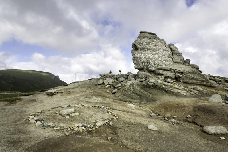 罗马尼亚狮身人面象,地质现象通过侵蚀和能量的中心形成了 图库摄影
