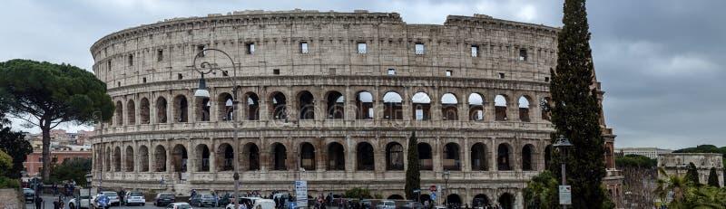 罗马帝国/colosseum伟大的大厦在罗马 免版税库存照片