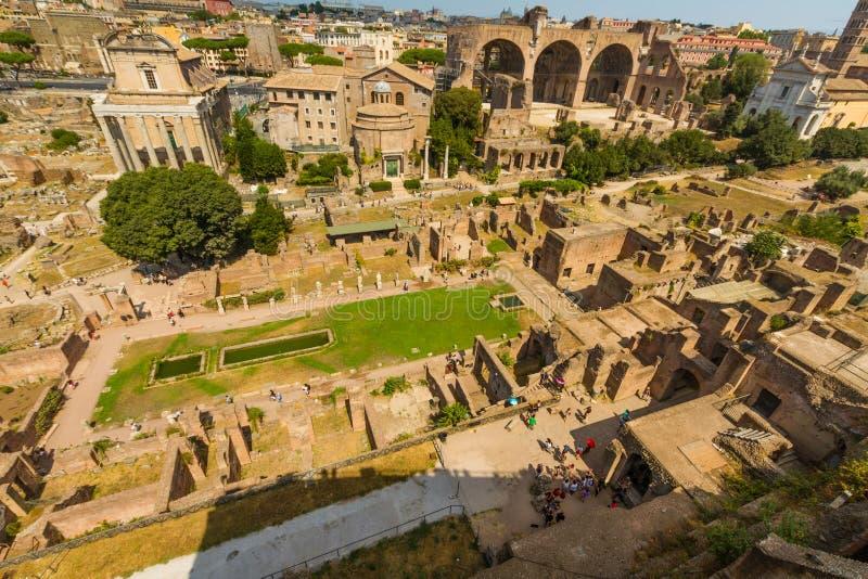 罗马广场和贞洁议院  库存照片