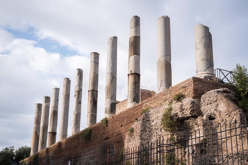 罗马废墟旧时在罗马 库存照片