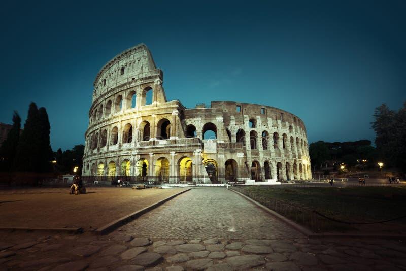 罗马斗兽场在晚上,罗马 免版税图库摄影
