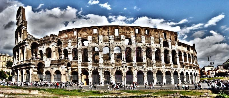 罗马斗兽场,罗马,意大利全景  免版税图库摄影