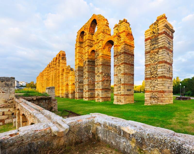 罗马渡槽在梅里达,西班牙 库存照片