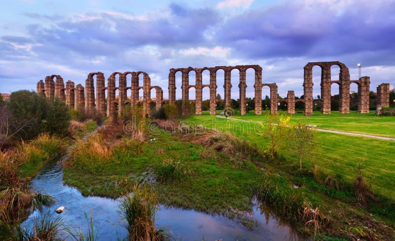 罗马的渡槽 梅里达,西班牙 免版税库存图片