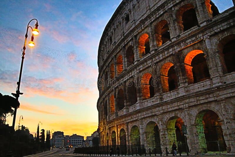 罗马罗马斗兽场在黎明,罗马 图库摄影