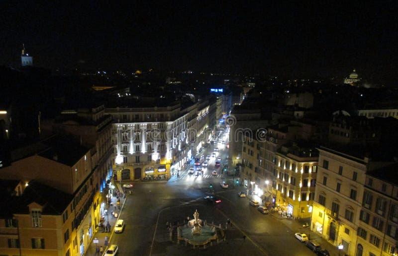 罗马美好的夜视图从旅馆贝尔尼尼-广场Barberini罗马意大利欧洲的 库存照片