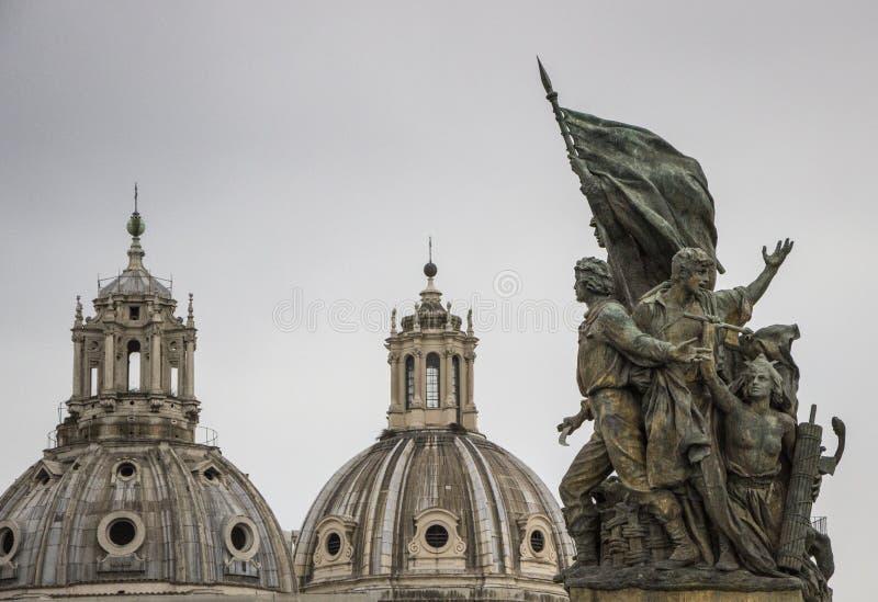罗马,在广场Venezia的雕象 免版税库存照片
