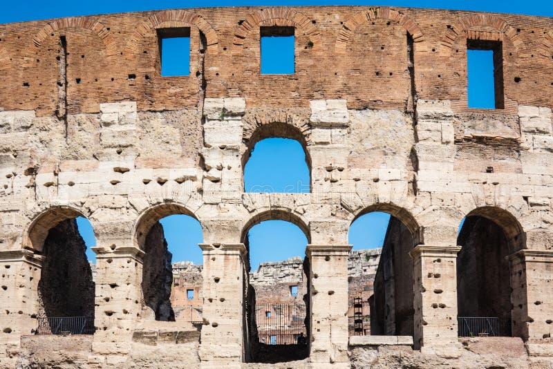 罗马,意大利:亦称伟大的罗马罗马斗兽场大剧场,罗马竞技场Flavian圆形露天剧场 著名世界地标 t细节  库存照片