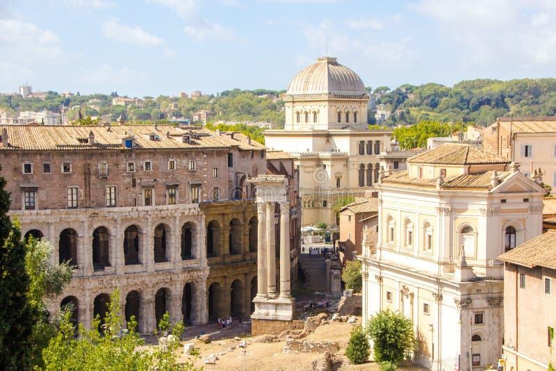 罗马,意大利- 2017年9月12日:罗马,从Capitoline小山的城市视图建筑学和地标  库存照片