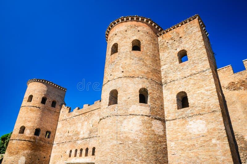 罗马,波尔塔Asinaria,意大利 免版税库存照片