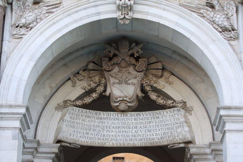 罗马, Acqua Paola喷泉`在Janiculum小山的Il Fontanone `细节  库存照片