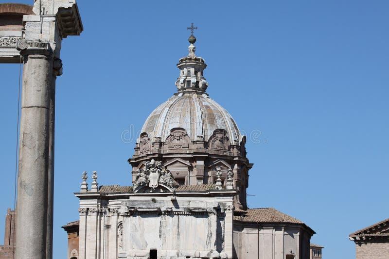 罗马, Santi路卡e马丁纳角教会圆顶  免版税库存照片