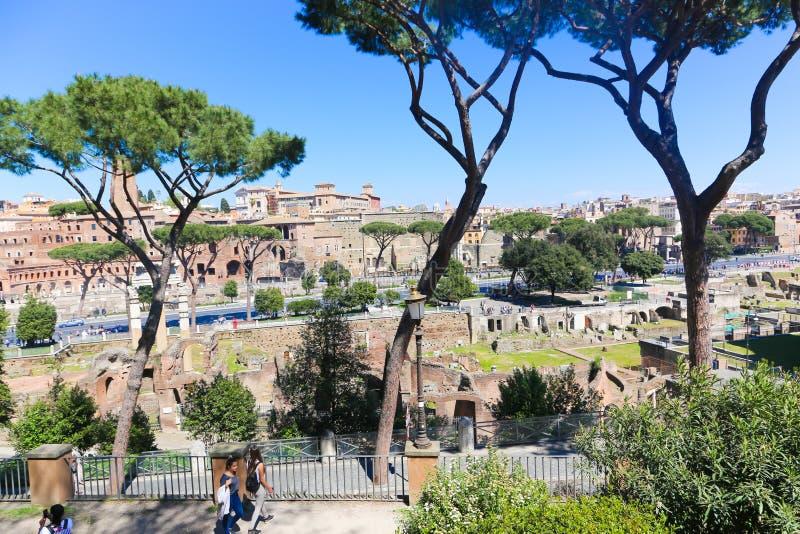 罗马-意大利的游人 免版税库存图片