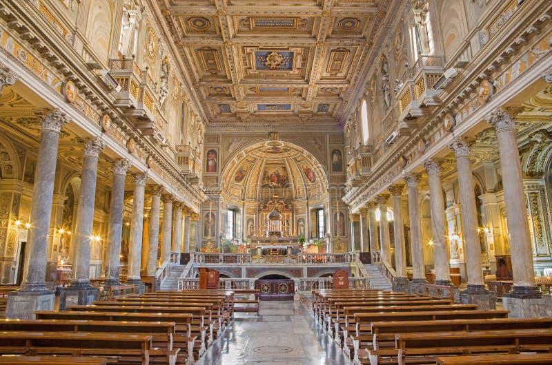 罗马-新生教会基耶萨di圣马蒂诺ai Monti教堂中殿  免版税库存照片