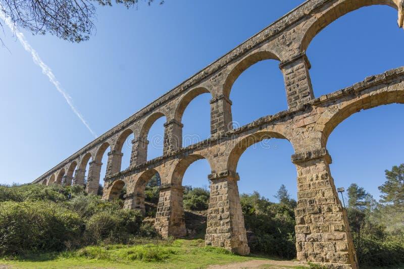 罗马Aqueduct Pont del Diable在塔拉贡纳,西班牙 免版税库存照片