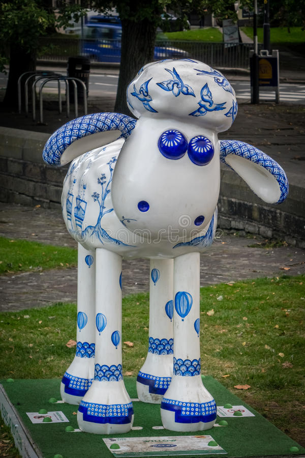Download 绵羊慈善moneybox 图库摄影片. 图片 包括有 中心, 图象, 羊羔, 威严的, 说明, 敌意, 艺术 - 59101692
