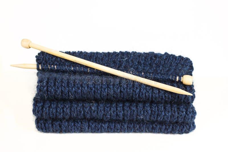 羊毛蓝色球编织的 yern的羊毛 库存照片