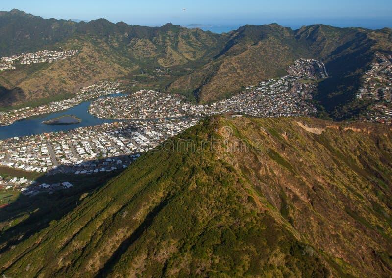 美丽和风景夏威夷卡伊群岛和Koko头火山口 免版税库存图片