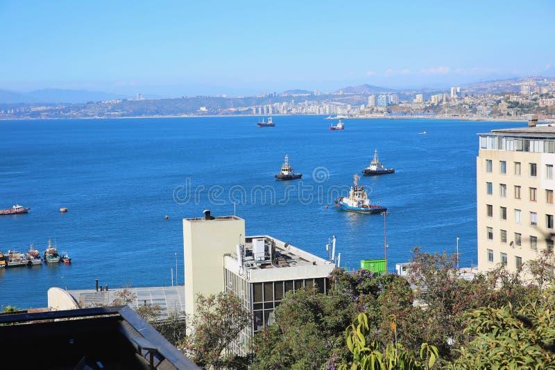 美丽如画的历史的港口在瓦尔帕莱索,智利 库存照片