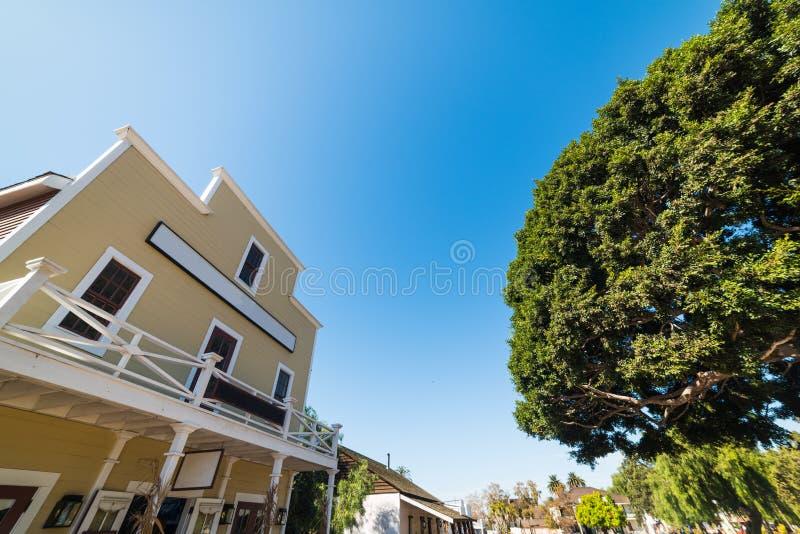 美丽如画的大厦在老镇圣地亚哥 库存照片