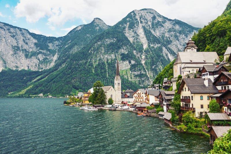 美丽如画的山村Hallstatt在奥地利阿尔卑斯 库存图片