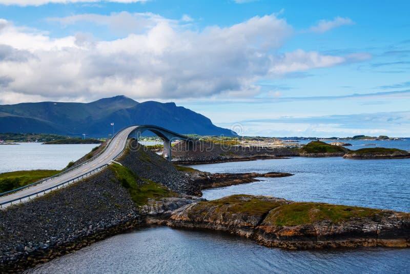 美丽如画的挪威风景。Atlanterhavsvegen 库存照片