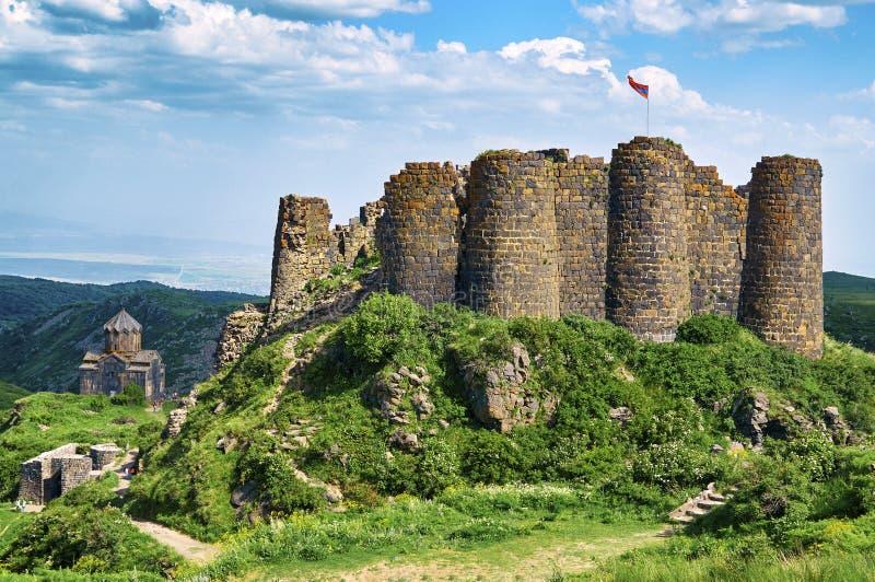 美丽的中世纪堡垒Amberd在亚美尼亚 免版税库存图片