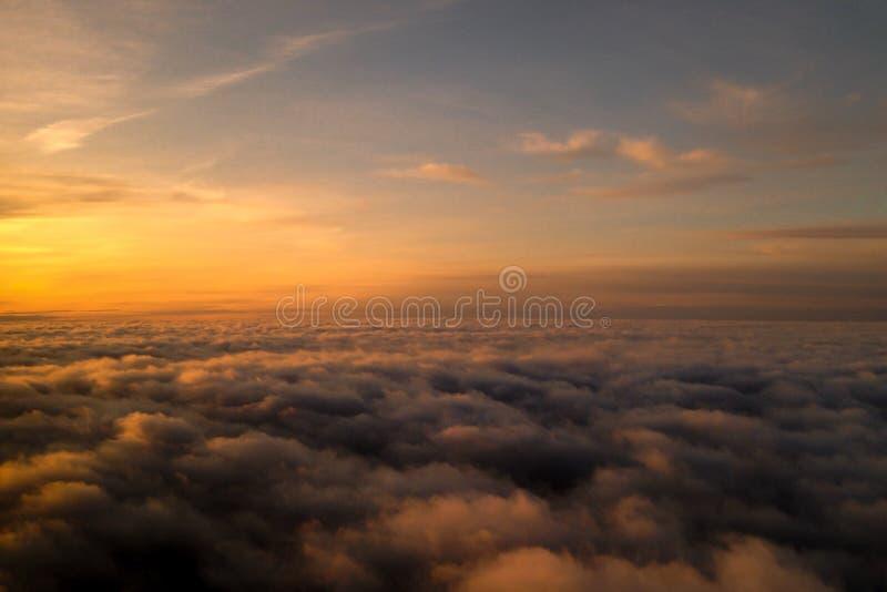 美丽的云彩从上面 免版税库存图片