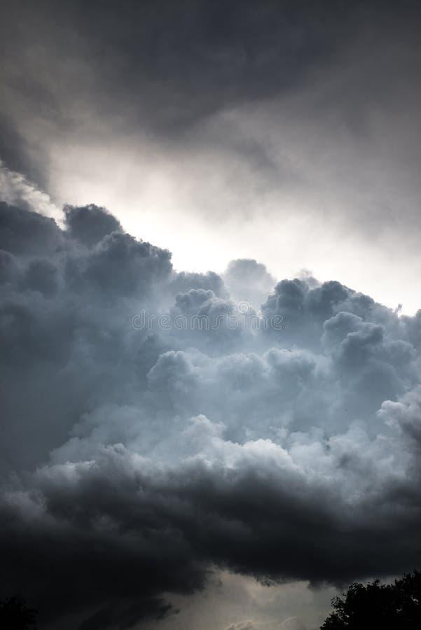 美丽的云彩风暴 免版税库存照片
