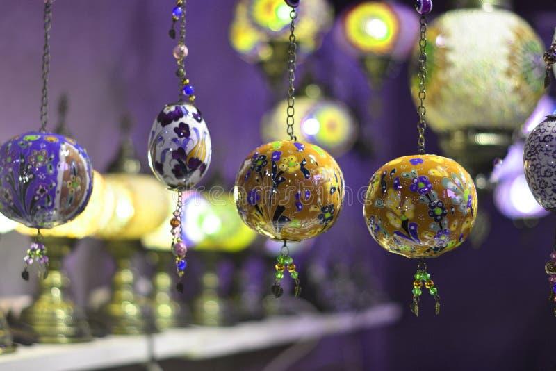 美丽的五颜六色和有想象力的灯笼 免版税库存图片