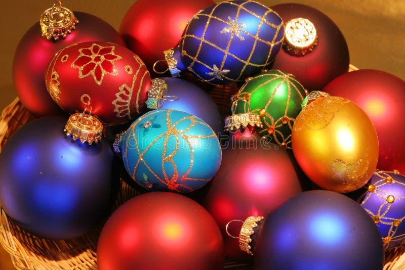 Download 美丽的五颜六色的装饰品 库存图片. 图片 包括有 的协助, 闪烁, 相当, 红色, 五颜六色, 节假日, 欢乐 - 3674169