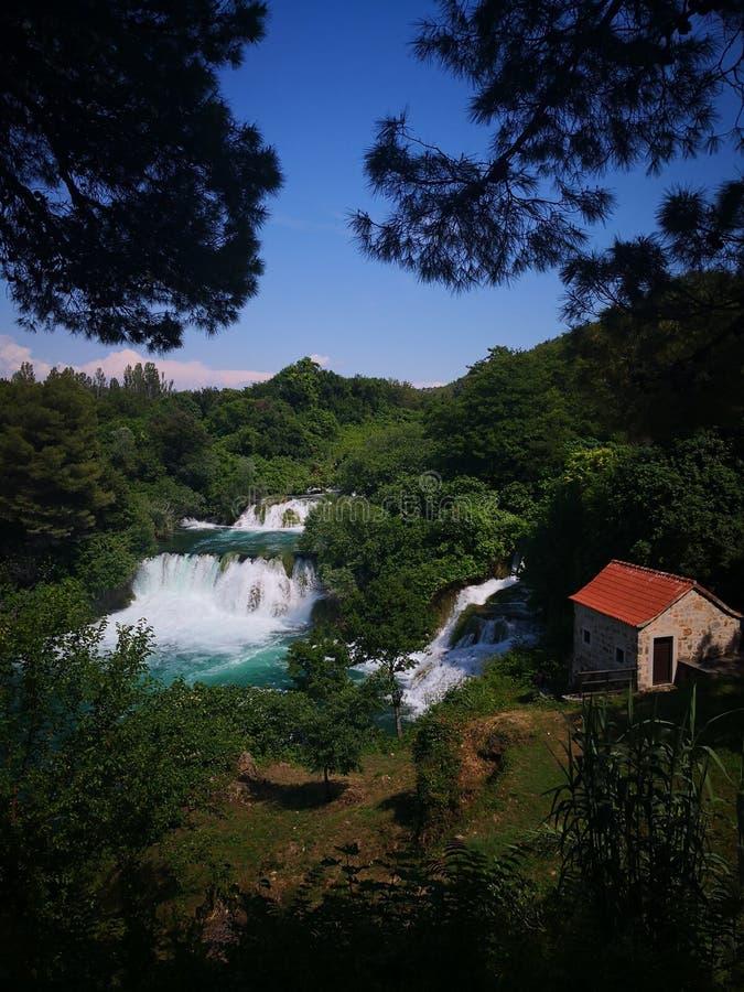 美丽的克尔卡河瀑布,克罗地亚 免版税库存照片