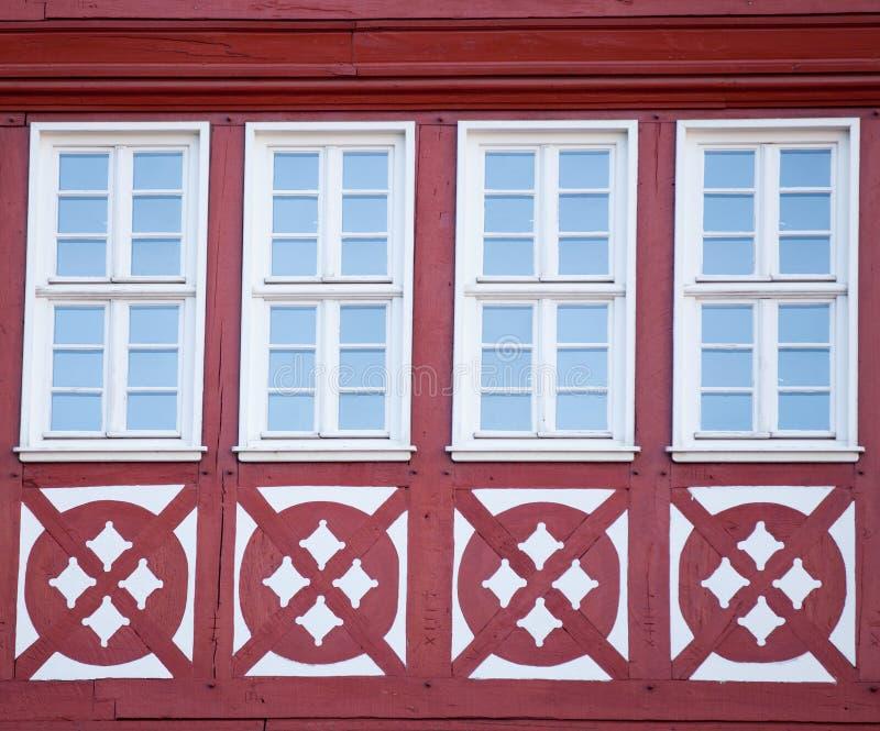 美丽的凉快的窗口照片在其中一个的与样式的大厦 库存照片