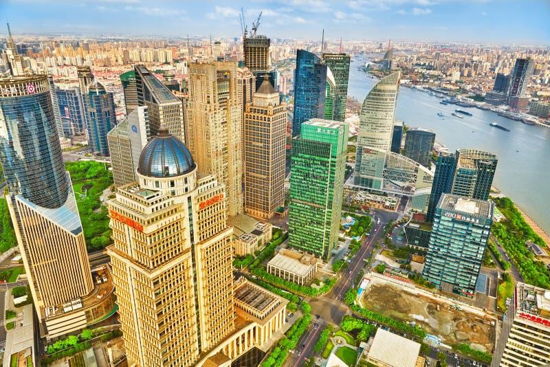 美丽的办公室摩天大楼,上海 免版税库存图片