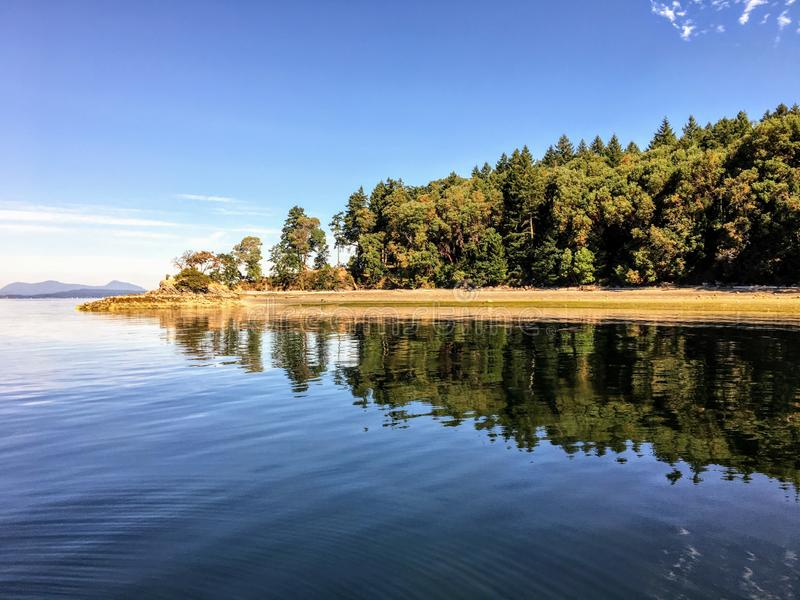 美丽的原始帐篷海岛在不列颠哥伦比亚省,加拿大海湾海岛  免版税库存照片