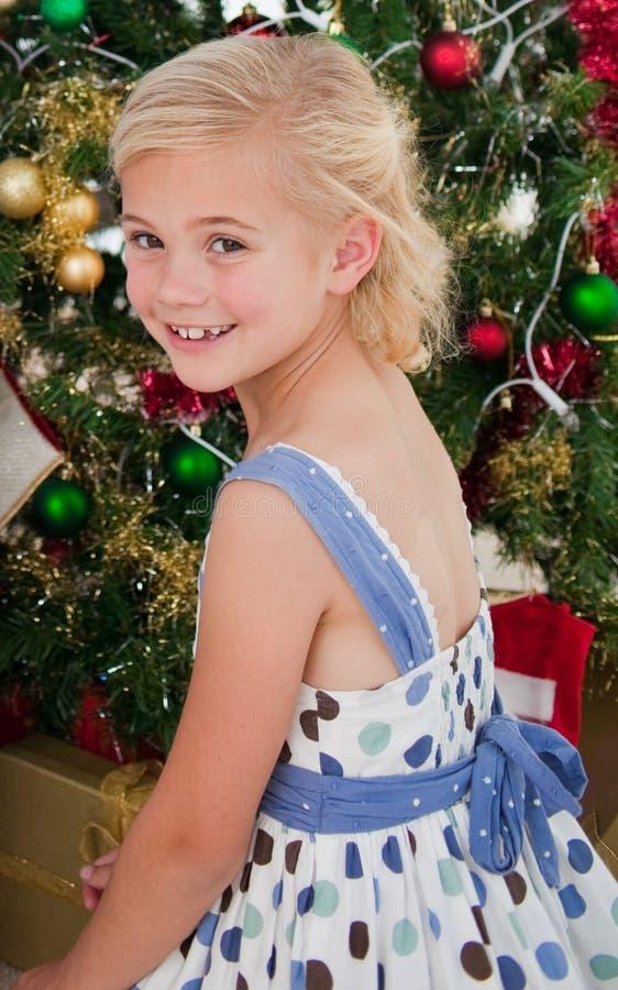 美丽的圣诞节女孩一点时刻 免版税图库摄影