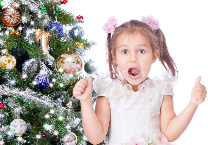 美丽的圣诞节女孩结构树 库存图片