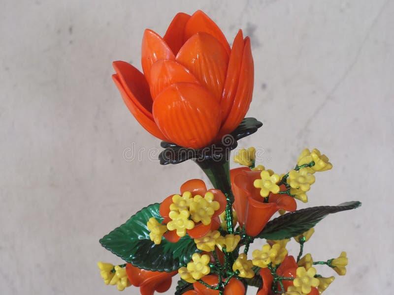 美丽的塑料玫瑰 免版税图库摄影