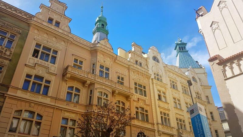 美丽的大厦在布拉格 库存照片