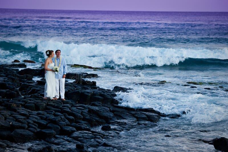 美丽的夫妇结婚的年轻人 图库摄影