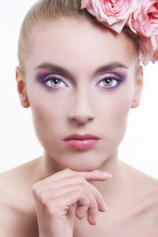 美丽的头发玫瑰妇女 图库摄影