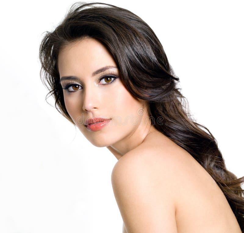 美丽的头发长的性感的妇女 免版税库存照片