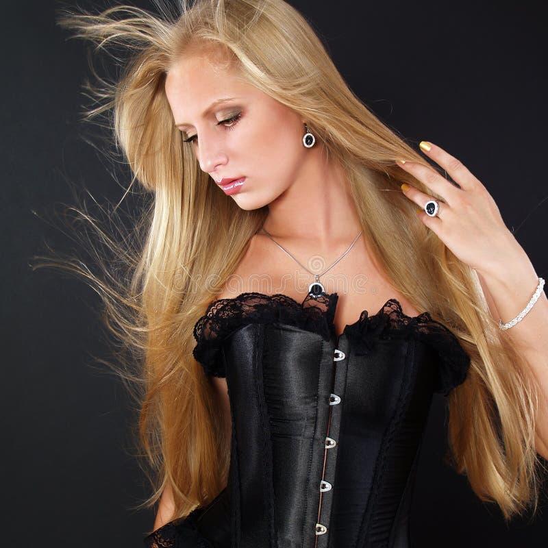 美丽的头发长的理想的妇女 库存图片