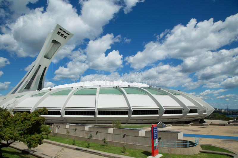 美丽的奥林匹克体育场在蒙特利尔加拿大 库存照片