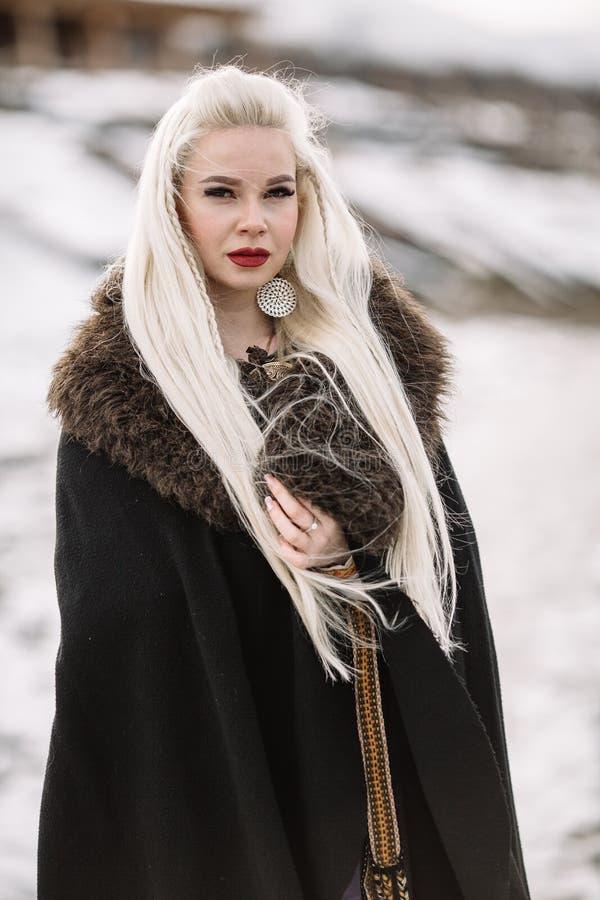 美丽的女孩北欧海盗 库存图片